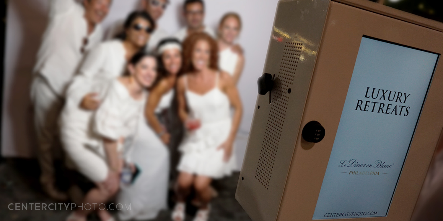photo-booth-brand-activation-diner-en-blanc-3